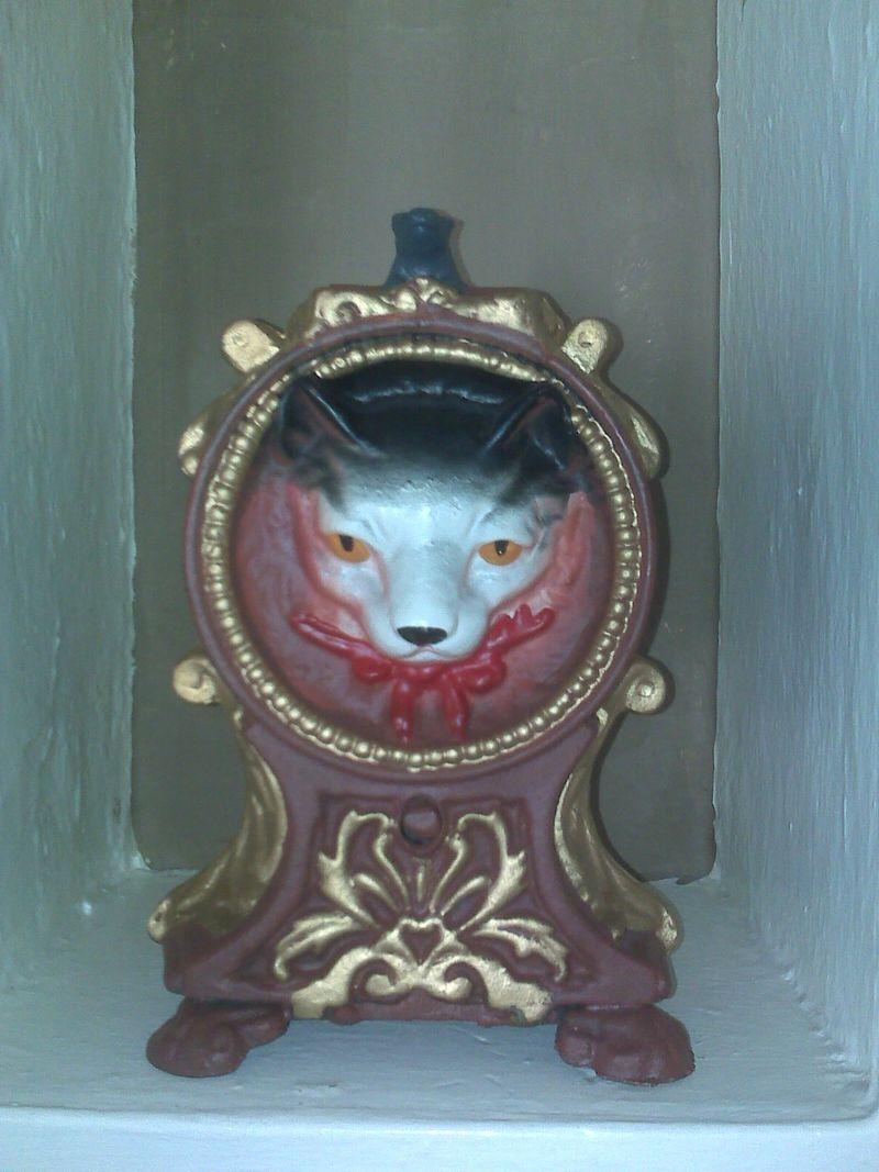 Cat bank 1